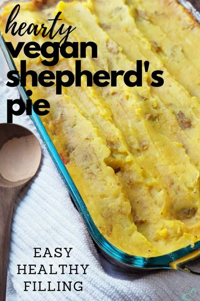 This vegan shepherd's pie is stuffed with hearty vegetables and lentils to make this dish extra filling! It's also healthy, made with whole foods, so it won't leave you feeling sluggish afterwards. The perfect dish to serve for the holidays and when you want something extra cozy. vegetarian shepherd's pie | lentil shepherd's pie | Veggie shepherds pie | vegan thanksgiving recipe | vegan christmas recipe #vegandinner #veganshepherdspie